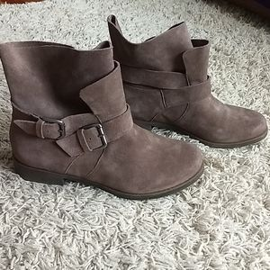 Kenneth Cole Suede Ankle Booties - NEVER WORN